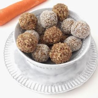 Carrot_cake_bliss_balls_SHELLEYKRECIPES